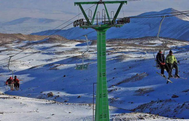 راهنمای رفتن به پیست اسکی آلوارس؛ جایی در ارتفاع 3200 متری